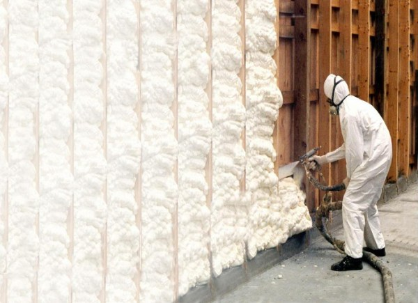 How To Determine What Kind Of Spray Foam Insulation To Choose